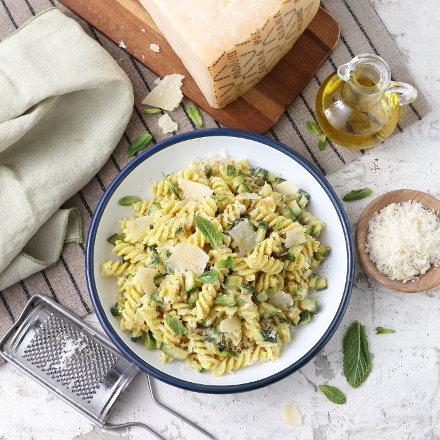 Fusilli pasta with ricotta, courgettes, mint and Grana Padano PDO