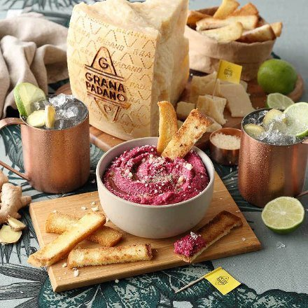 Chickpea hummus with beetroots, Grana Padano PDO and crusty bread